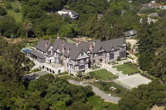 Splendid Manor Estate Ariel View