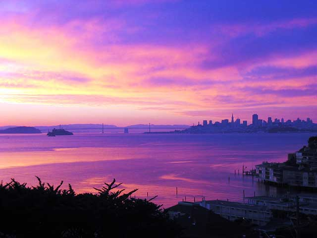 Sunrise view towards SF from Sausalito near Crescent